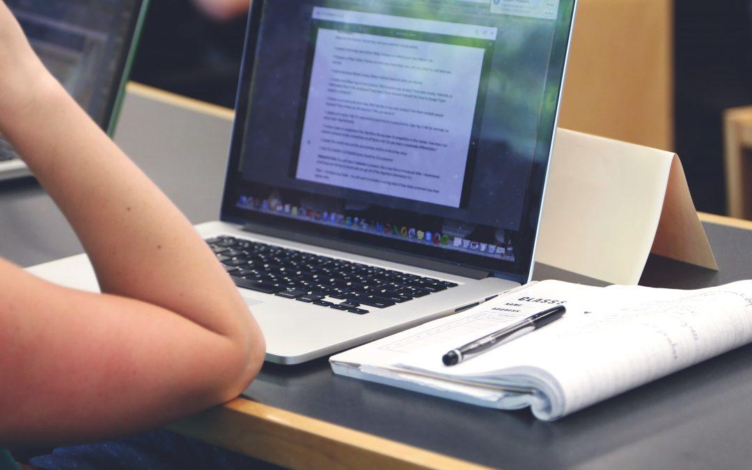 La educación virtual prepara para el futuro laboral